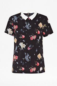 cc10a2426f4 Shop the latest Women   Men s Clothes Online