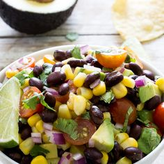 Black Bean and Corn Salad is light and healthy. A perfect lunch, side dish or appetizer. Loaded with tons of flavor and fresh ingredients! Black Bean Salad Recipe, Bean Salad Recipes, Healthy Recipes, Whole Food Recipes, Diet Recipes, Vegetarian Recipes, Going Vegetarian, Healthy Appetizers, Chicken Recipes