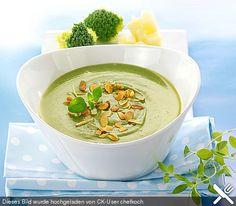 Brokkoli-Kartoffel-Suppe, ein raffiniertes Rezept aus der Kategorie Kochen. Bewertungen: 12. Durchschnitt: Ø 3,6. (Vegan Smoothies Vegetable)