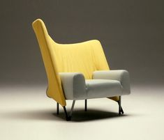 654 Torso by Cassina | Seating