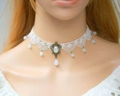 Romantic White Lace Choker Necklace with Pink Rose от FairybyFoxie Cute Choker Necklaces, White Lace Choker, Gothic Chokers, Lace Gloves, Girls Jewelry, Fantasy Jewelry, Simple Jewelry, Jewelry Trends, Wedding Accessories