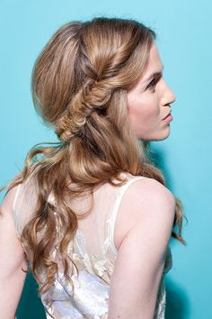 Real Bride Makeover: Romantic Hair And Makeup For An Outdoor Wedding - Daily Makeover