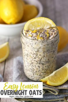 Lemon Overnight Oats These lemon overnight oats are a refreshing take on breakfast Tart and sweet these vegan overnight oats are dairy free and an extra healthy breakfas. Healthy Vegan Snacks, Vegan Breakfast Recipes, Healthy Breakfast Recipes, Healthy Cooking, Vegan Nutrition, Healthy Recipes, Vegetarian Meals, Easy Cooking, Healthy Drinks