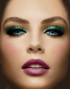 Stunning -- look beautiful face make up perfectly nice 😘🌹🌹🌹🌹👍 Love Makeup, Beauty Makeup, Makeup Looks, Hair Beauty, Makeup Eyes, Gorgeous Makeup, Pretty Eyes, Cool Eyes, Beautiful Lips