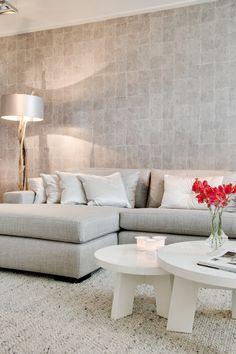 Living Room Color Schemes, Paint Colors For Living Room, Living Room Modern, Living Room Designs, Asian Wall Decor, Hall Design, Home Interior Design, Home Decor, Interior Inspiration
