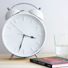 Reloj Big Time Big Time, Alarm Clock, Cool Stuff, Home Decor, Colors, Budget, White People, Beauty, Hipster Stuff