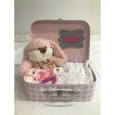 Canastilla regalo para reci/én nacido PERSONALIZADO CON EL NOMBRE DEL BEB/É ideal como regalo de nacimiento bautizo o baby shower Rayas y estrellas rosa
