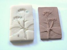 This is a review of molding compounds and how well they pick up detail in grasses and flowers. It also includes a tutorial on how to use these compounds to make molds that can be used for metal clay.