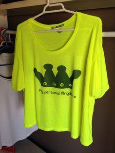Camiseta amarilla de Mypersonalkingdom .