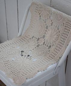 Image of Napperon ancien au crochet.