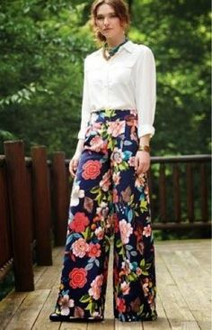Sewing Skirts FREE PATTERN ALERT: 15 Pants and Skirts Sewing Tutorials: Get access to hundreds of free sewing patterns and unique modern designs Sewing Patterns Free, Sewing Tutorials, Clothing Patterns, Sewing Tips, Free Tutorials, Sewing Projects, Shirt Patterns, Tutorial Sewing, Doll Dress Patterns