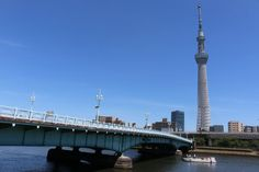 This article introduces five places in Asakusa where you can enjoy a great view of the Tokyo Skytree. You will be able to take wonderful photos of Tokyo's highest tower!