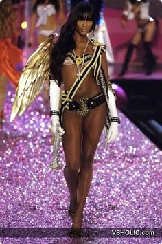 Naomi Campbell Victoria's Secret Fashion Show 2005 Victoria s Secret Fashion Show
