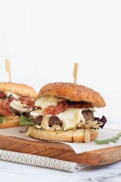 Bruchetta Recipe, Brunch, Hamburgers, Brie, Soul Food, Summer Recipes, Food Inspiration, Food To Make, Food Porn