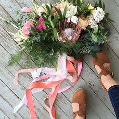 Flowers ➕ ribbons ➕ clogs