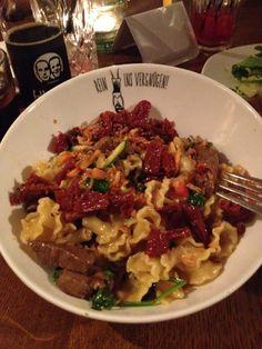 yummy//tasting berlin//spregold//pasta Berlin, Pasta, Beef, Chicken, Food, Meat, Meals, Ox, Noodles