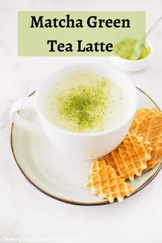 Use your favourite high-powered blender to make a comforting, healthy and perfectly foamy Matcha Green Tea Latte in the comfort of your own home. Beer Recipes, Punch Recipes, Yummy Drinks, Yummy Food, Frozen Drink Recipes, Matcha Green Tea Latte, Good Healthy Recipes, Healthy Food, Delicious Recipes