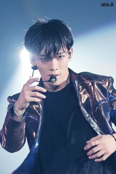 160723 EXOrDIUM in Seoul Honestly feeling so attacked right now Chen