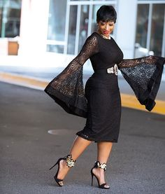 Wedding guests are hitting the dance floor in the season's most appropriate and fashion-forward outfits! From pretty lace dresses to icy blues, flirty reds and plush velvet these guests sure… African Wear, African Attire, African Dress, African Fashion, Church Fashion, Church Outfits, Elegant Dresses, Lace Dresses, 50s Dresses