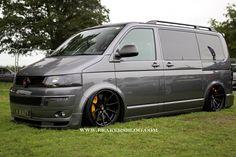 T4 Vw, Volkswagen Bus, T5 Camper, Campers, Vw Transporter Van, Luxury Van, Mini Vans, Cars And Motorcycles, Motors