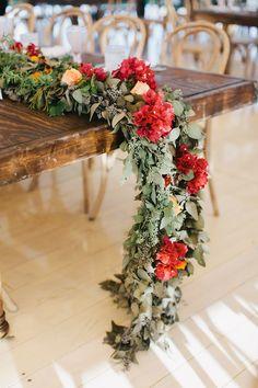 hanging floral garland table runner wedding - lauren wells @laurenswells #lwellsevents