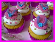 Pool Party Cupcakes ~!