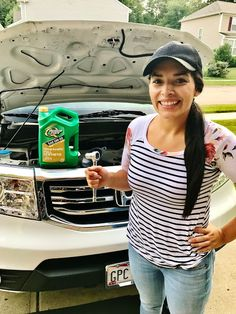DIY oil change tutorial with step by step pictures.  #CambialoConQS #CollectiveBias #ad
