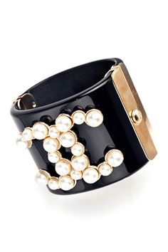 From the catwalk of Chanel to the cover of Vogue - Grand Pearls are the emerging trend!   Pearl Cuff   How to Wear this Trend at: www.iovich.com