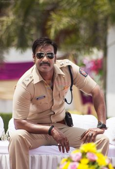 Arjay Devgan in Singham Returns Police Uniforms, Army Uniform, Bollywood Images, Bollywood Stars, Indian Army Wallpapers, Tiger Wallpaper, Glamour World, Gucci Eyewear, Indian Star