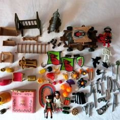 Playmobil Lot 100 Parts and Pieces Dragon Knight Attack Royal Castle #PLAYMOBIL