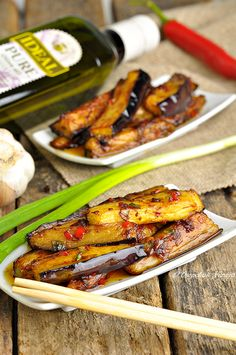 Китайские баклажаны в остром чесночном соусе