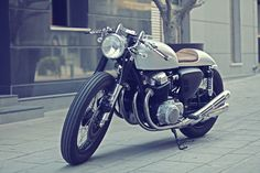 ElGato Honda CB750 Cafe Racer ~ Return of the Cafe Racers