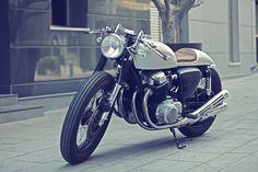 ElGato Honda CB750 Cafe Racer ~ Return of the Cafe Racers