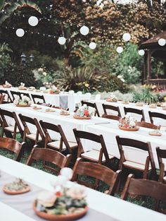 garden wedding reception, photo by Allie Lindsey Photography http://ruffledblog.com/san-diego-botanic-garden-wedding #weddingideas #weddingreception