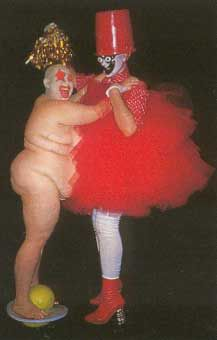 Leigh Bowery, Club Kids, Monster Party, Elf On The Shelf, Ronald Mcdonald, Costumes, Holiday Decor, Image, Dress Up Clothes