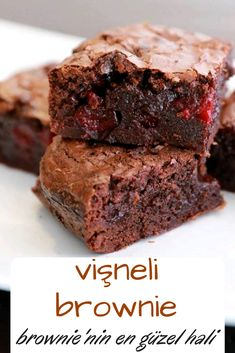 Vişneli Brownie You are in the right place about Brownie ideas Here we offer you the most beautiful pictures about the Brownie recette you are looking for. When you examine the Vişneli Brownie part of the picture you can get the massage[. Yummy Recipes, Plum Recipes, Desert Recipes, Vegetarian Recipes, Yummy Food, Cherry Recipes, Cherry Brownies, Cheesecake Brownies, Cheesecake Recipes