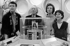 """William Hartnell as the First Doctor Carole Ann Ford as Susan Foreman, Jacqueline Hill as Barbara Wright, William Russell as Ian Chesterton - """"The Keys of Marinus"""" - 1964 Doctor Who First Doctor, Eleventh Doctor, Jacqueline Hill, Original Doctor Who, William Russell, Dr Williams, Doctor Who Companions, William Hartnell, Classic Doctor Who"""