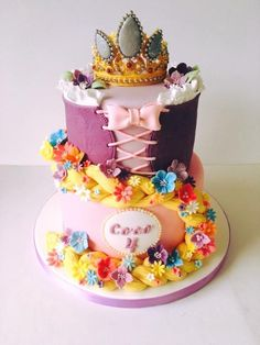 Tangled Rapunzel crown cake - Cake by The Rosebud Cake Company