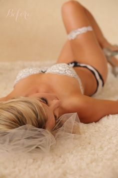 Love this boudoir shot!