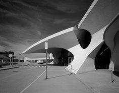 TWA Terminal 5 JFK Airport | Eero Saarinen | photo by Peter Brandt Photographer