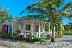 at - Placencia - Belize - belize vacation spots i visited - Urlaub Beach Cottages, Beach Houses, Tiny Houses, Small Cottage Designs, Belize Vacations, Best Honeymoon, American Houses, Fantasy Island, Beach Bungalows