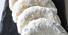 Pourquoi je grossis ... : Cornes de gazelles! Biscuits, Ramadan, Bread, Cooking, Cake, Recipes, Food, Stuffed Bread, Flat Cakes