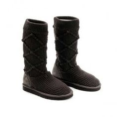UGG Classic Argyle Knit Boots 5879 deep Chocolate $68.00 www.pintuggsboots.net