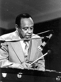 Lionel Hampton:  Swing/Big band/Mainstream jazz/ New York blues    Flying Home (1957)   http://www.youtube.com/watch?v=R_rTICMVXQQ