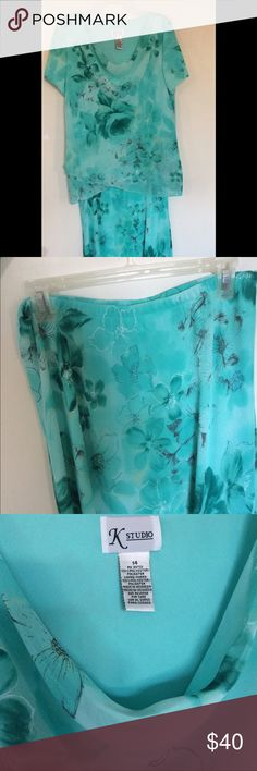 """K Studio two piece ensemble Beautiful flower design on a blouse-skirt combo. Both pieces are lined and outer floral material is very light, creating a """"flow"""" when wearing. See pics for details....it doesn't fit me or I would keep it! K Studio Dresses Midi"""