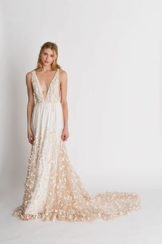 See the best new wedding dresses from Alexandra Grecco's Wild Honey collection. Book an appointment during our Alexandra Grecco trunk show to save on your wedding dress. Stunning Wedding Dresses, Modest Wedding Dresses, Perfect Wedding Dress, Princess Wedding Dresses, Wedding Dress Styles, Bridesmaid Dresses, Bridal Gowns, Wedding Gowns, Wedding 2017