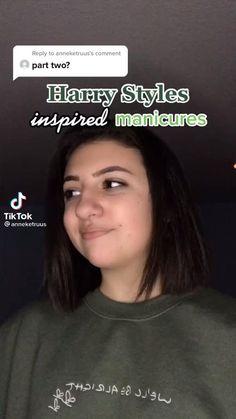 Harry Styles Hands, Harry Styles Tattoos, Harry Styles Baby, Harry Styles Photos, Cute Acrylic Nails, Cute Nails, Pretty Nails, Drip Nails, Glow Nails