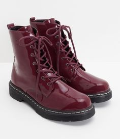 Pretty Shoes, Cute Shoes, Me Too Shoes, Dream Shoes, Crazy Shoes, Fashion Shoes, All Fashion, Doc Martens Boots, Wedding Boots