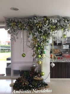 In this DIY tutorial, we will show you how to make Christmas decorations for your home. Christmas Ceiling Decorations, Dyi Decorations, Christmas Chandelier, Homemade Christmas Decorations, Christmas Swags, Cool Christmas Trees, Christmas Arrangements, Christmas Tree Themes, Christmas Mantels