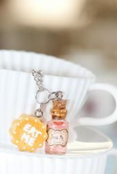 Taste of Wonderland Eat Me Drink Me Necklace Pink Potion #necklaces #accessories #boutique